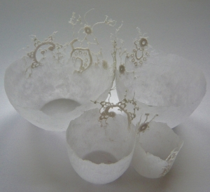 Elodie - Set of four handmade paper bowls inlaid with vintage lace.