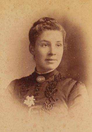 Miss Clara Knight
